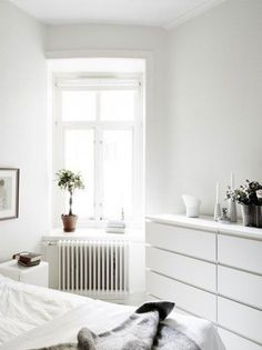 IKEA Malm drawers as a great bedroom storage