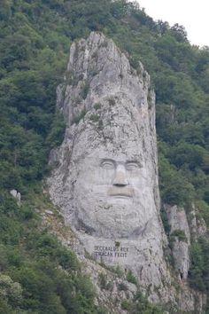 Pictures of Statue of King Decebalus, Orsova - Traveler Photos - TripAdvisor