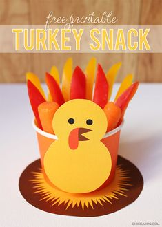 Free Thanksgiving snack printable for wrapping up cups of crudite and snacks for the kids