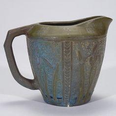 William Percival Jervis (1849-1925) - Jervis Pottery (1908-1912) - Irises Pitcher. Matte Glazed Pottery. Oyster Bay, New York. Circa 1908.