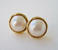 Vintage 80s Traditional Preppy Chanel Style Goldtone Faux Simulated Pearl Cabochon Domed Earrings by ThePaisleyUnicorn, $3.00