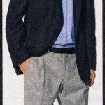 Blazer blu con pantaloni grigi in flanella