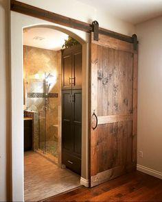 Pine Wood Barn Door with Hardware for a master bedroom/bathroom Bathroom Barn Door, Master Bedroom Bathroom, Bedroom Door Decorations, Indoor Barn Doors, Cottage Door, Roller Doors, Awesome Bedrooms, Interior Barn Doors, House Design