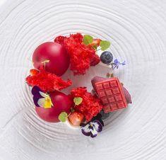 Culinary Inspiration Official (@culinaireinspiratie) sur Instagram : « | Beautiful Dessert | By Pastry-Chef @rocsuri By ??? Restaurant/Location: @restaurantmassana ⭐️… »