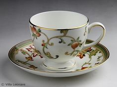 such lovely wedgewood quality and style ...