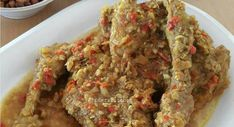 Resep Ayam Betutu by Xanderskitchen Food N, Good Food, Food And Drink, Yummy Food, Healthy Breakfast Recipes, Easy Healthy Recipes, Fish Recipes, Chicken Recipes, Recipe Chicken