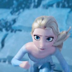 Unicornships - Shipping pairings that don't exist. - when Queen Elsa gets a total wipeout…. Princesa Disney Frozen, Disney Princess Frozen, Elsa Frozen, Frozen Movie, Arte Disney, Disney Art, Disney Movies, Frozen Wallpaper, Disney Wallpaper