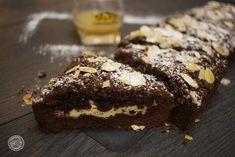 Sbriciolata al cacao con crema di ricotta al vov e gocce di cioccolato