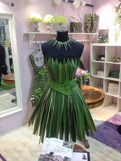 palm leaf dress for halloween