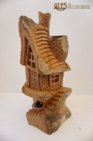 More cottonwood bark carvings from last month, I am really slacking on doing the posts in time.   ''Lighthouse of the Abandoned Harbour'' 1...
