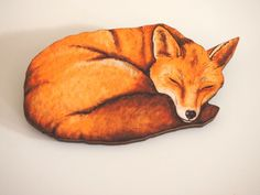 Sleeping Fox Laser Cut Wood Brooch от HungryDesigns на Etsy