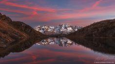 Clicca sull'immagine per ingrandirla! Tramonto al lago Ritorto in Trentino nei pressi di Madonna di Campiglio. Da destra si possono vedere: Brenta Alta, Campanil Basso, Campanil Alto, Sfulmin…