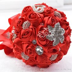 Hot Hand Made Red Satin Rose Luxury Crystal Brooch Bridal Wedding Bouquet Decor Silk Roses Bridesmaid Bridal Flower Bouquets Free shipping