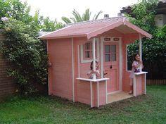 Casita infantil de madera modelo TODY personalizada blanco y rosa en España // TODY outdoor playhouse,,,   Pink/White!! nice choice from Spain