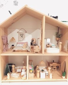 """65 Likes, 1 Comments - Tiny Bungalow (@_tinybungalow) on Instagram: """"We absolutely love this little dolls house made with love by our friend @kwithheart for her…"""""""