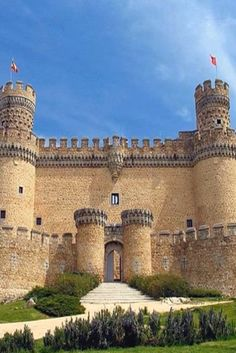 10 Most Beautiful Castles In Spain (VIDEO) #beautiful #castles #spain #places #travel #living