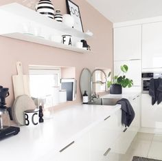 """4,160 curtidas, 20 comentários - #MYNORDICROOM (@mynordicroom) no Instagram: """"⠀ Beautiful kitchen details 💕⠀ 📸 @lynn.lyngsvaag ⠀ ⠀ Be a part of our family and tag your photo…"""""""