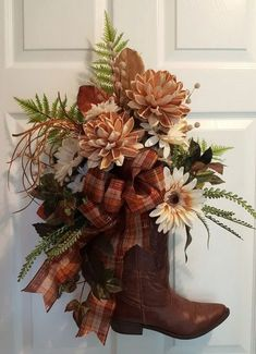 A cowboy boot wreath dressed for Fall. Fall Wreaths, Christmas Wreaths, Christmas Crafts, Christmas Decorations, Door Wreaths, Xmas, Wreath Crafts, Diy Wreath, Cowboy Boot Crafts