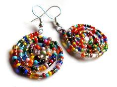 *° Spirale Ohrringe aus bunten Glasperlen  von Anders auf DaWanda.com