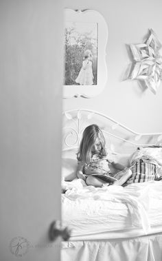 child photography - clickin moms - quiet time - girl