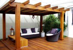 A cobertura de bambu também é uma opção excelente para proteger do sol.