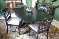 Reclaimed Rustics: Vintage Duncan Phyfe Table and Chairs