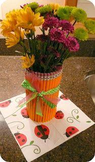 The Very Busy Kindergarten: cute pencil vase!