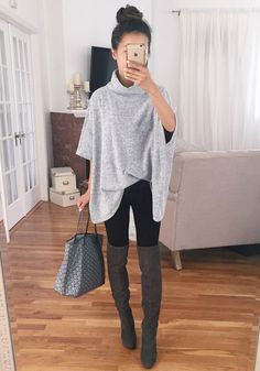 Stay comfy all day in this grey t-shirt. Features with high neck and dolman sleeve design, pairing it with your leggings and boots would be perfect. See more amazing items at Fichic.com!