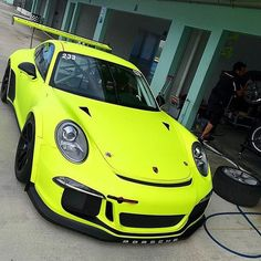 The Porsche 911 is a truly a race car you can drive on the street. It's distinctive Porsche styling is backed up by incredible race car performance. Maserati, Ferrari, Porsche 911 Gt3, Porsche 2017, Sexy Cars, Hot Cars, Supercars, Volkswagen, Mercedes Benz G