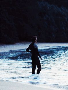 Finnick is my favorite character. His past is so sad, and his character is so deep, he keeps you thinking for hours. The Hunger Games, Hunger Games Fandom, Hunger Games Humor, Hunger Games Catching Fire, Hunger Games Trilogy, Katniss And Peeta, Katniss Everdeen, I Volunteer As Tribute, Gale Hawthorne