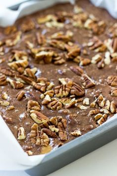 Turtle Fudge With Kraft Caramels Milk Semi Sweet Chocolate Chips Milk Chocolate Chips Sweetened Condensed Milk Salt Chopped Pecans Vanilla Extract Fudge Recipes, Candy Recipes, Sweet Recipes, Cookie Recipes, Pumpkin Recipes, Köstliche Desserts, Delicious Desserts, Dessert Recipes, Meal Recipes