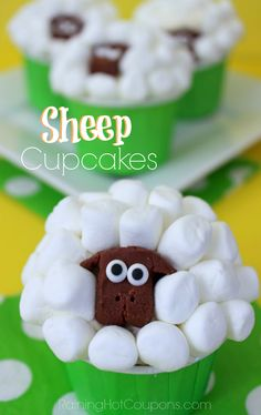 Sheep Cupcakes: so cute for Easter! What fun this would be to put out on the dessert table. I can hear the giggles now! Click through for the recipe for these adorable sheep cupcakes. Sheep Cupcakes, Easter Cupcakes, Baking Cupcakes, Yummy Cupcakes, Cupcake Recipes, Cupcake Cakes, Dessert Recipes, Cup Cakes, Fun Recipes