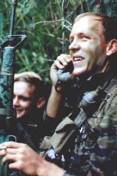 H Company Rangers Fox and Glover. Vietnam History, Vietnam War Photos, American Crime Story, American War, Us Vets, Military Photos, United States Navy, Photo Essay, Special Forces