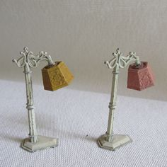 BO vintage Tootsietoy metal dollhouse furniture pair iron floor lamps 2 75 x 1 American Doll House, Vintage Dollhouse, Floor Lamps, Dollhouse Furniture, Candle Holders, Place Card Holders, Iron, Candles, Dolls