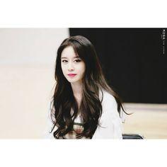 Park Ji Yeon [T-ARA] South Korean Girls, Korean Girl Groups, Park Ji Yeon, T Ara Jiyeon, Pretty Guys, Dawn, Asian Girl, Parks, Idol