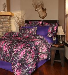 Features:  -Twin set includes 1 comforter, 1 bed skirt and 1 pillow sham.  -Queen/king includes 1 comforter, 1 bed skirt and 2 pillow shams.  -Muddy Girl collection.  Product Type: -Comforter/Comforte