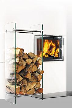 Helmin vedstabler i glass | Varmefag - spesialister på peiser og ovner. #vedkubber #vedkurv #ektevarme #vedboks