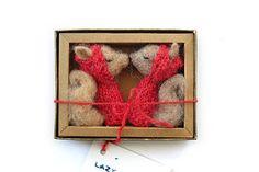 woodland squirrel fingerpuppets for Valentine's Day.