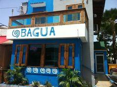Bagua - ¡lo nuevo en Ocean Park! El enfoque del restaurante es brindar un buen producto al invitado, a un buen precio, que su experiencia sea única y que se sienta como en casa, además de nuestra sobresaliente consistencia en los platos que servimos. Nuestro ambiente es casual con experiencia de fine dining. Perú y Puerto Rico se casaron y nació el TACOVICHE!!!!! Si no lo has probado, qué esperas? Ven a Bagua...  http://www.facebook.com/baguarestaurant