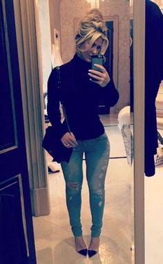 """Spoiled"" Kim Zolciak Shows Off Expensive Christmas Gift, Skinny Bod: See the Pic! Kim Zolciak, Instagram"