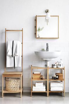 Small ideas in the bathroom - space-saving bathroom furniture and many smart solutions Space Saving Bathroom, Small Bathroom Organization, Zen Bathroom, Bathroom Styling, Bathroom Shelves, Small Bathroom Furniture, Bathroom Design Small, Bathroom Designs, Ikea Furniture