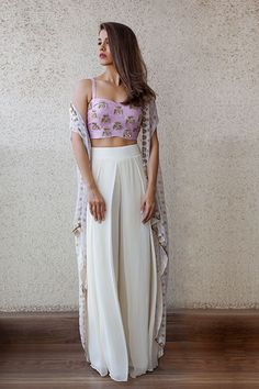 Buy Floral White And Purple Color Plazo Dress by Akanksha Singh at Fresh Look Fashion Indian Attire, Indian Wear, Indian Suits, Pakistani Suits, Pakistani Bridal, Pakistani Dresses, Dress Indian Style, Indian Dresses, Indian Designer Outfits