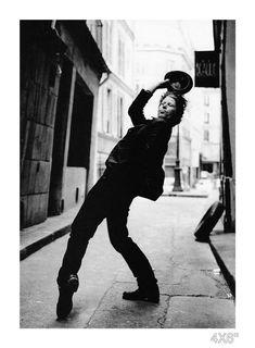 Tom Waits by Anton Corbijn. Music Icon, My Music, Jazz Club, 7 Arts, Toms, Blues, Film Director, Vintage Photographs, Metallica
