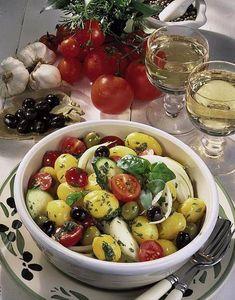 Unser beliebtes Rezept für Kartoffelsalat à la Provence und mehr als 55.000 weitere kostenlose Rezepte auf LECKER.de.