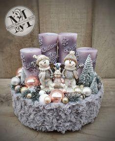 Christmas Candle Decorations, Modern Christmas Decor, Christmas Candle Holders, Christmas Lanterns, Handmade Christmas, Christmas Wreaths, Table Decorations, Purple Christmas, Christmas Time