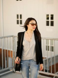 Casual Chic - blazer and jeans