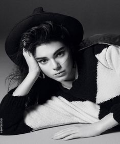 Interview Kendall Jenner cover girl 95 ans Vogue Paris | Vogue David Sims http://www.vogue.fr/mode/mannequins/diaporama/interview-kendall-jenner-cover-girl-95-ans-vogue-paris/22810