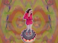 ▶ Deee-Lite - Groove Is In The Heart (Video Version) One of my all time favorite songs! Music Songs, My Music, Music Videos, Retro, Fate Of The Furious, Musica Pop, Trey Songz, Workout Music, Charlie Puth