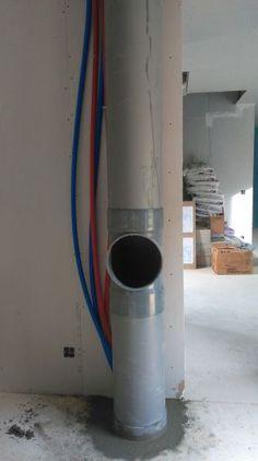 Voici notre vide-linge c'est tout simplement un PVC de 300 qui part de la salle de bain, qui descend dans la cuisine et qui fini dans la buanderie.l'ouverture sa fera par une trappe et pour finir un petit coffrage
