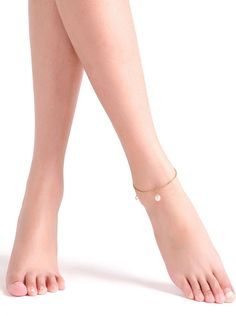 To find out about the Single Faux Pearl Chain Link Anklet at SHEIN, part of our latest Body Jewelry ready to shop online today! Fashion Jewelry Necklaces, I Love Jewelry, Jewelry Shop, Romwe, Anklets Online, Pearl Chain, Body Jewellery, Gothic Jewelry, Gold Style